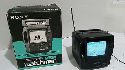 Sony-FD-525-Mega-Watchman-TV-AM-FM-Radio-Vintage